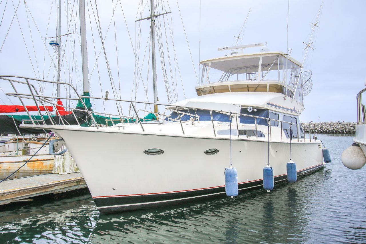 Mikelson Yacht Exterior
